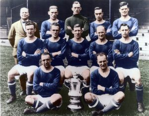 Cardiff-City-win-the-FA-Cup-in-1927