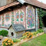 zalipie_poland_painted_village_flowers_17