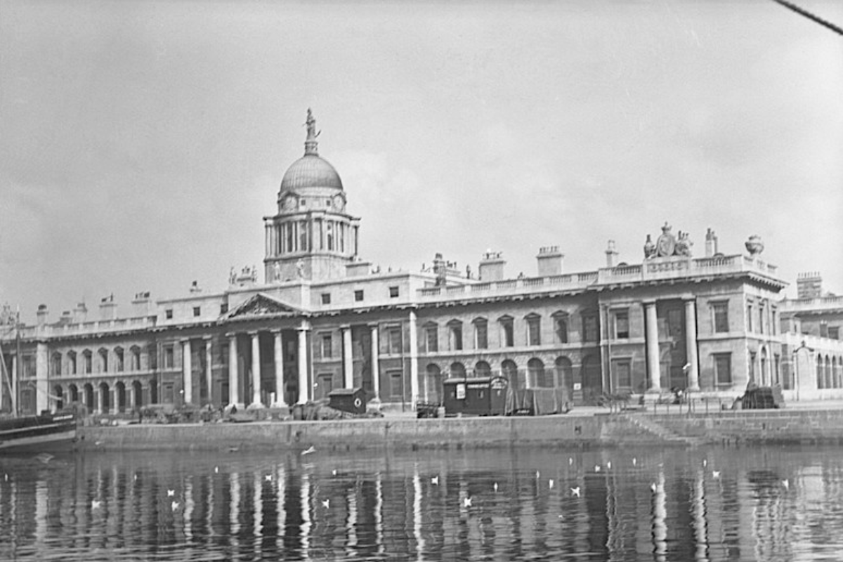 100 Years On — Remembering the Burning of the Custom House